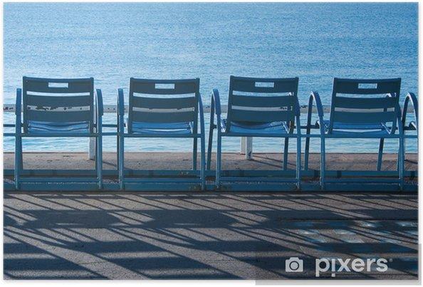 Poster Blauwe stoelen in Nice, Frankrijk - Europa