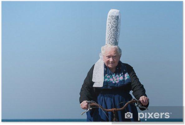 Poster Breton headdress sous un ciel bleu - Femmes