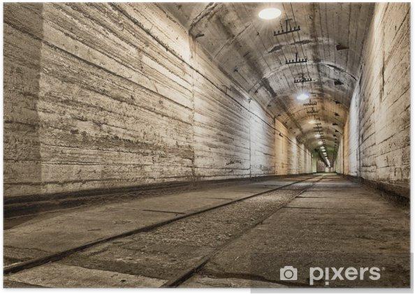 Póster Bunker subterráneo de la guerra fría. Ucrania, Sevastopol - Temas