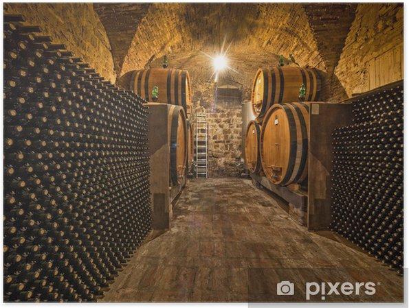 Poster Cave à vin avec des bouteilles et fûts de chêne - Styles