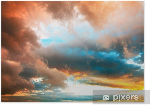 Poster Ciel du soir dramatique avec nuages colorés vives - Ciel