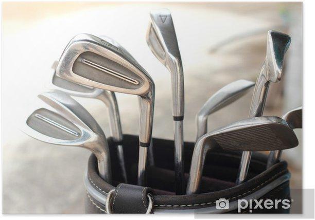 Póster Clubes de golf de metal en la bolsa - Golf