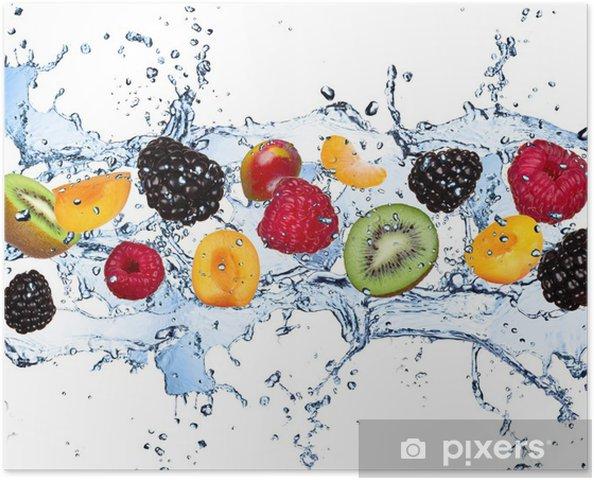 Poster Fruits frais dans les projections d'eau, isolé sur fond blanc - Framboises