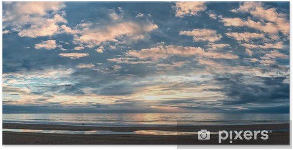 Póster Hermosa puesta de sol sobre el Océano Atlántico - Cielo