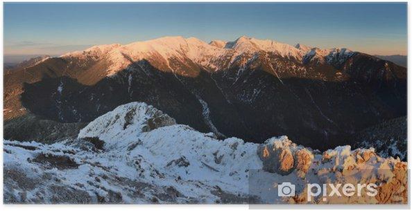 Poster Hiver coucher du soleil dans les montagnes Tatras - Slovaquie - Montagne