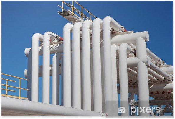 Poster Industrial pipe avec du gaz et de l'huile et de l'eau - Bâtiments commerciaux et industriels