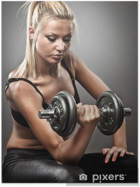 Poster Jeune femme sportive faisant entraînement • Pixers® - Nous ... 30492a2fe27