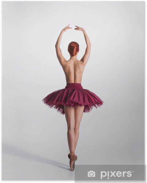 Poster Jonge naakte roodharige vrouwelijke balletdanser in een studio - Thema's