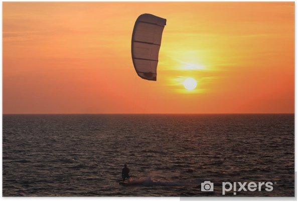 Poster Kite surf au coucher du soleil - Sports aquatiques