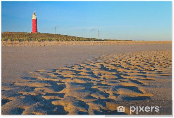 Poster Kust met zandduinen en vuurtoren bij zonsondergang - Europa