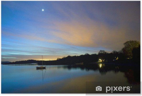 Poster Loch Lomond: DAWN par le village de Luss - Europe