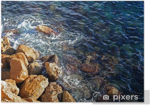 Poster Martèlement des vagues contre les rochers côtiers - Eau