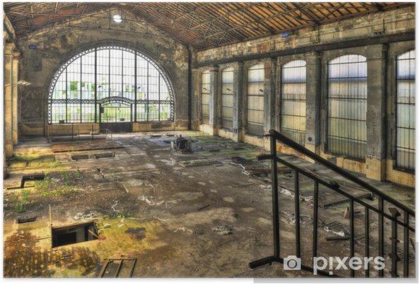 Poster Mooie glazen wand in de hal van een verlaten kolenmijn - Zakelijke Concepten