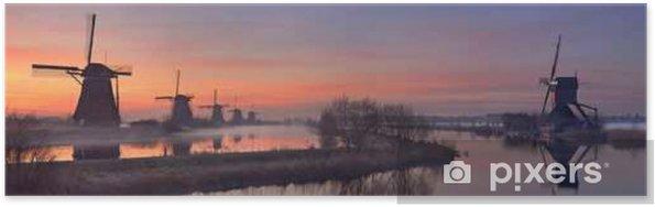 Poster Moulins à vent traditionnels au lever du soleil, Kinderdijk, Pays-Bas - Bâtiments et architecture