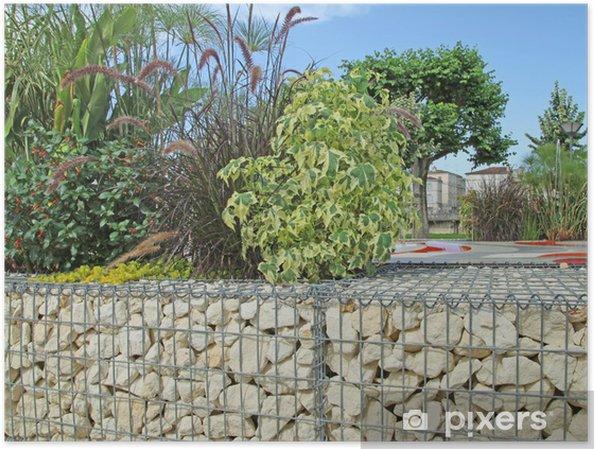 Poster Mur de soutien en pierre avec armature en grillage • Pixers ...