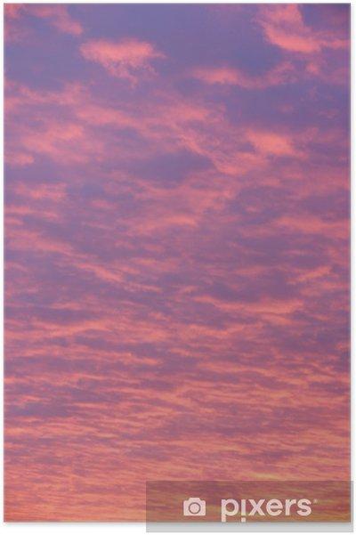 Poster Nuages roses et pourpres au coucher du soleil - Thèmes