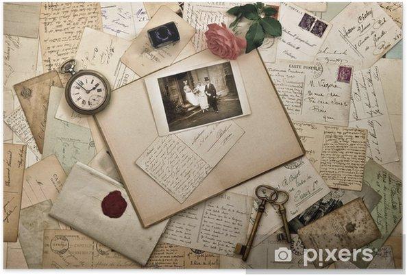 Poster Oude brieven, foto's en ansichtkaarten. achtergrond van het huwelijk - Levensstijl