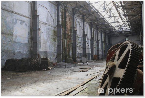 Poster Oude roestige metalen gadgets in een verlaten schip fabriek - Industriële en Commerciële Gebouwen