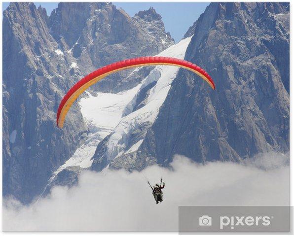 Poster Parapente au dessus des nuages et des glaciers - Sports extrêmes