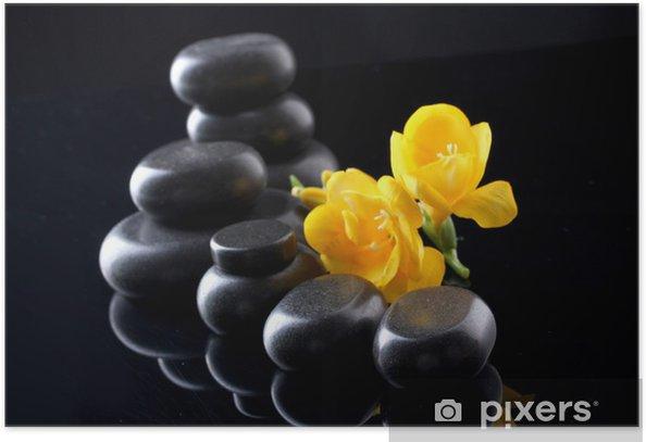 Póster Piedras del balneario y flor amarilla sobre fondo negro -