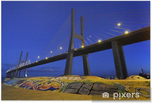 Poster Pont Vasco da Gama par nuit - Villes européennes