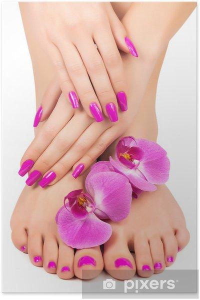 Poster Roze manicure en pedicure met een orchidee bloem - Bestemmingen