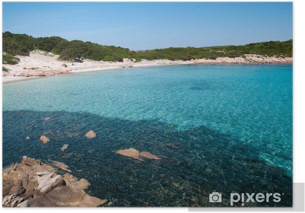 Poster Sardaigne, Italie: la plage de Cala Andreani sur l'île de Caprera - Eau