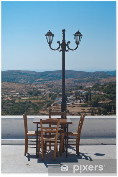 Póster Terraza del restaurante en la isla griega con panorama hermoso. - Europa