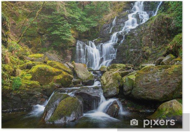 Poster Torc cascade dans le parc national de Killarney - Irlande - Europe