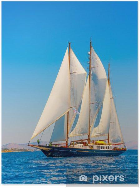 Poster Un grand 3 mât voilier classique sur l'île de Spetses en Grèce - Grèce