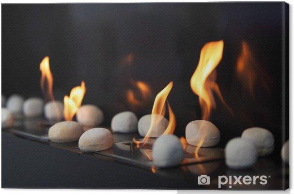 Camino Bianco In Pietra : Quadro su tela bianco pietre circolari e belle fiamme gialle in
