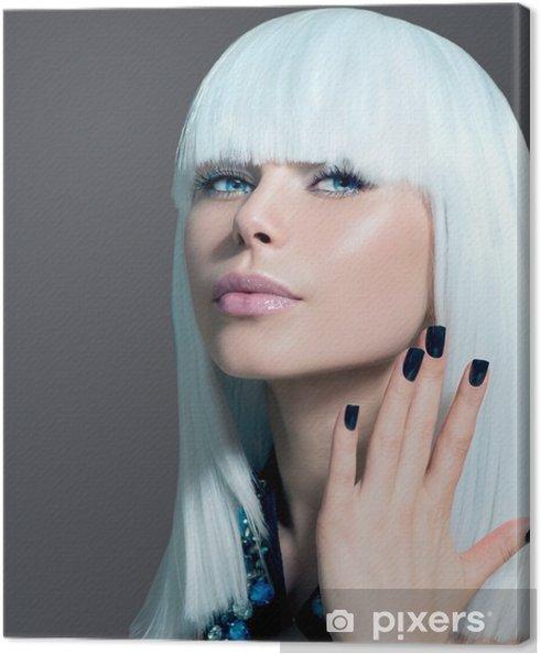 Quadro su Tela Vogue stile Ritratto di modello. Ragazza con i capelli  bianchi e neri Nails 2fa265231921
