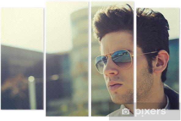 e0f3d7c2bdf928 Quadriptyque Attractive jeune homme avec des lunettes de soleil - Beauté et  soins du corps