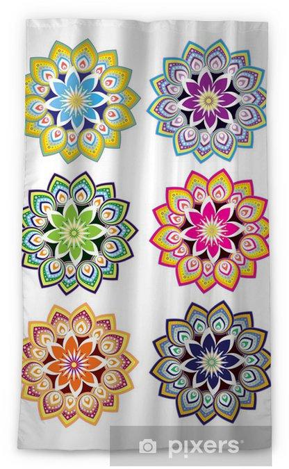 Rideau Occultant Fleur Dessin Avec Jeu De Couleur Différente