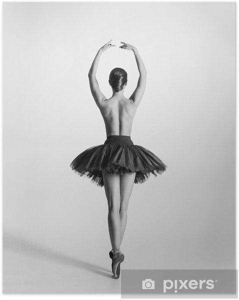 Selbstklebendes Poster Schwarze und weiße Spur von einem Oben-ohne Ballett-Tänzerin - Unterwäsche