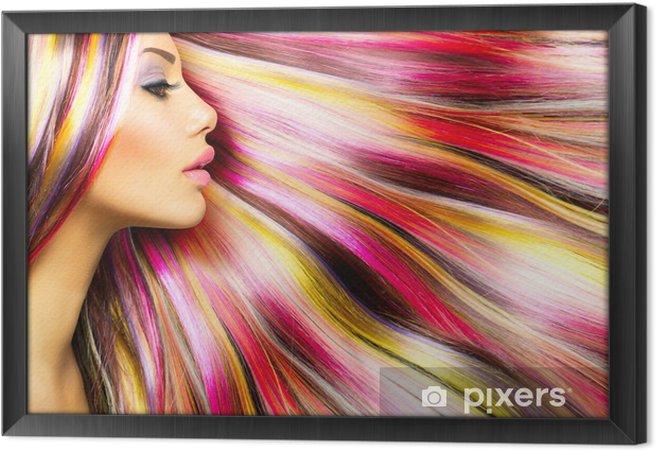 Tableau encadré Beauté Mode Fille Modèle avec Colorful Cheveux colorés - Mode