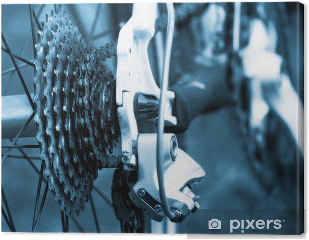 Tableau sur toile Arrière cassette de vélo de montagne sur la roue avec la chaîne - Sur la route