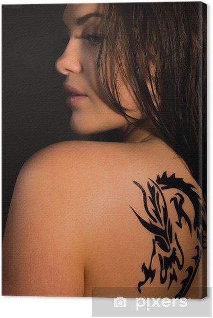 Tableau Sur Toile Belle Femme Avec Le Tatouage De Dragon Tribal Pixers Nous Vivons Pour Changer