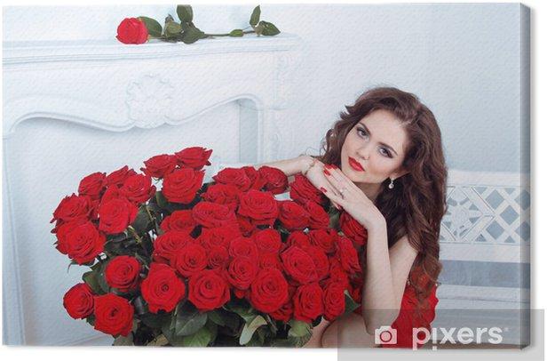 Tableau sur toile Belle femme brune avec des roses rouges bouquet de fleurs dans Moder - Femmes