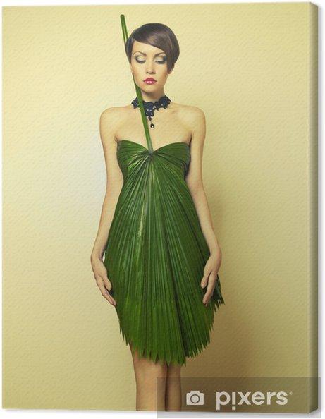 f988501d317 Tableau sur toile Belle femme en robe inhabituelle • Pixers® - Nous ...
