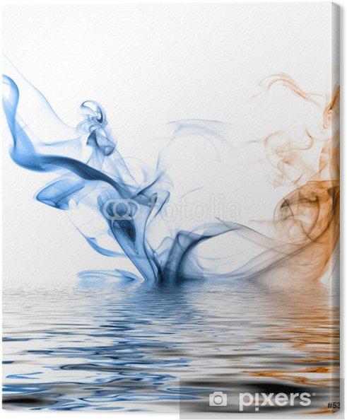 Tableau sur toile Bleue et de la fumée orange reflétées dans la surface de l'eau. - Thèmes