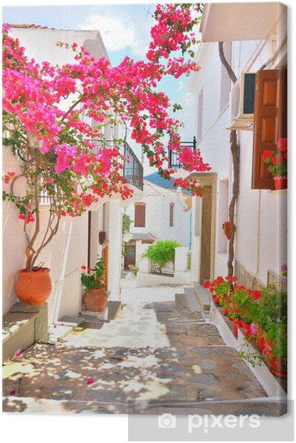 Tableau sur toile Bougainvillea dans les rues étroites de Skopelos, Grèce - Europe
