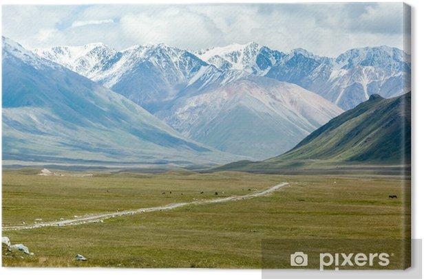 Tableau sur toile Chemin de terre dans de majestueuses montagnes de Tien Shan - Asie