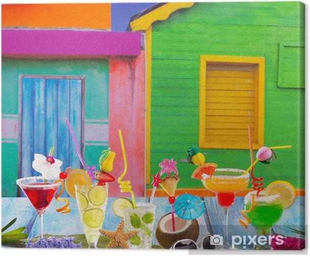 Tableau sur toile Cocktails tropicaux variés et colorés dans la maison tropicale des Caraïbes - Vacances