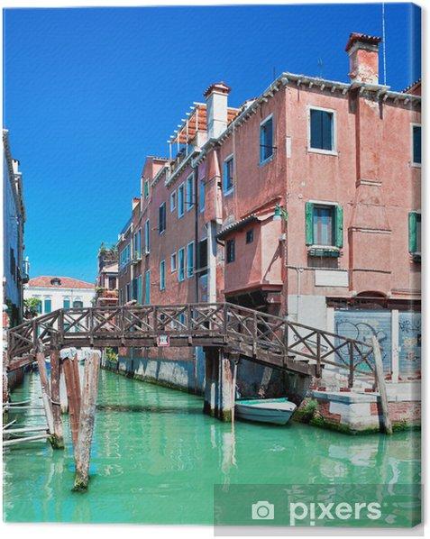 Tableau sur toile Couleur Canal de Venise avec le pont et des maisons dans l'eau, de l'Italie - Villes européennes
