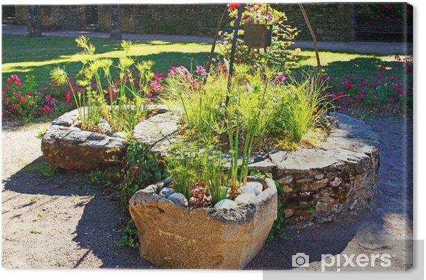 Tableau sur toile Fontaine fleurie - Propriétés privées