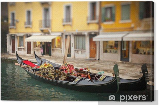 Tableau sur toile Gondoles traditionnelles à Venise - Villes européennes