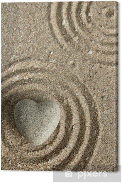 Tableau sur toile Gris pierre zen en forme de coeur, sur fond de sable - Signes et symboles