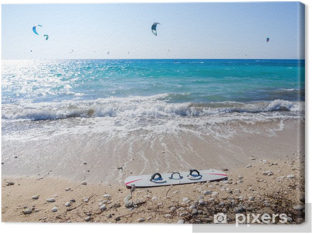 Tableau sur toile La plage d'Agios Ioannis sur l'île ionienne de Leucade Grèce - Sports aquatiques