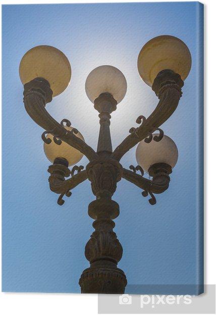 Tableau sur toile Lanternes de la rue arabe dans la ville de Dubaï - Sur la route